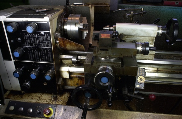 Clausing 13 inch lathe a beautiful machine in 2018.