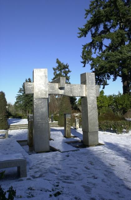 Washington Park Rose Garden stainless steel sculpture (Kelly), December, 2008.