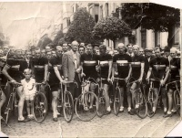 OK pro team circa 1947.  Left to right:  Gerrit Schulte, Holland; Albert Hendricks, Belgium; Eugene Kiewit, Belgium; Jos Vinck, Belgium, Cycles O.K. owner and first lugless bike framebuilder; Karel Kaers, Belgium, World Pro Road Champion in 1934 at age 18; Theo Middelkamp, Holland, World Pro Road Champion, 1947 (Frans Pauwels cousin); Frans Pauwels, Holland (emigrated to Portland, Oregon in 1952 and was integral to the development of cycling advocacy and racing in Portland); unknown; Jos Labrosse Belgium; unknown.